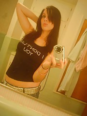 Photo gallery of an amateur emo hottie camwhoring