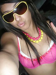 Picture selection of an amateur sexy punk chick camwhoring