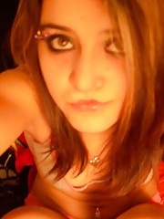 Picture collection of an emo babe selfshooting in her room