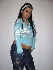 Picture collection of a chunky amateur babe posing for her BF