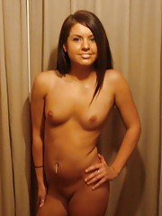 Photo gallery of an amateur naked petite horny chick posing