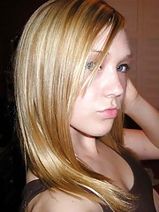 Picture collection of an amateur sexy teen camwhoring