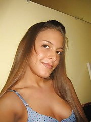 Photo gallery of a naked gorgeous Latina honey