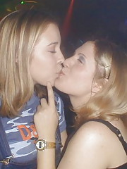 girls kissing megamix 54