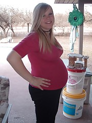 Very nice and hot pregnant girlfriends naked