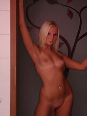 Pictures of a fuckable blonde MILF posing nude