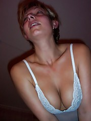 Steamy hot picture collection of a sultry amateur MILF