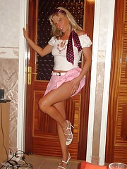 Picture collection of steamy hot sexy amateur housewives