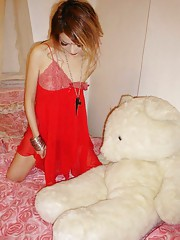 Gallery of a skinny Chinese bitch in slutty poses