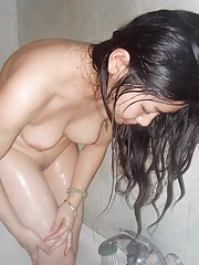 Compilation of a Singaporean babe posing in the shower