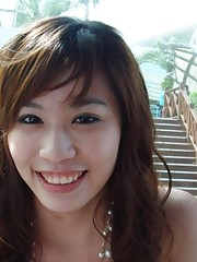 Kinky Singaporean babe gets hot and wild for her BF