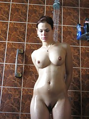 Curvy amateur chica naked in the shower room