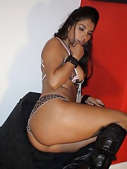 Steamy hot-assed sexy amateur kinky Latina bitch