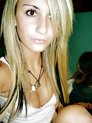 Compilation of sizzling hot photos of an emo babe