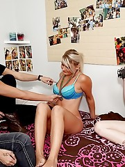 Hot submitted dorm sex tapes
