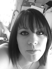 Self-shooting amateur Gothic babe in black and white pics