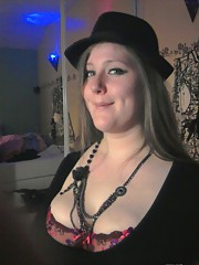 Hot picture selection of an amateur chubby bitch