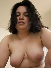 Brunette BBW GF posing for her man at home