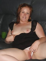 Amateur plump bitch showing her breasts and pussy