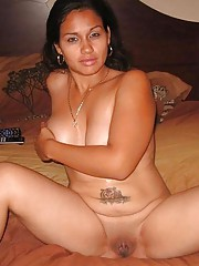 Picture collection of an amateur horny chunky tattooed GF
