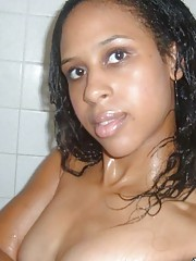 Gallery of an amateur self-shooting black babe in the shower