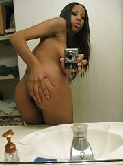 Pictures of a hardcore naked horny black babe camwhoring