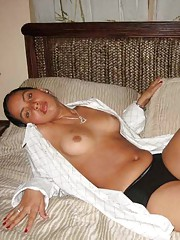 Photo gallery of an amateur wild kinky lesbo sex in a motel