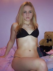 Hot amateur blonde GF