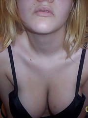 Photo gallery of an amateur sexy chick posing for her boyfriend