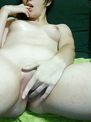 Short-haired GF shows her naked body on webcam