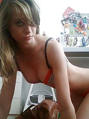 Collection of a hot-ass blonde teen camwhoring in her room